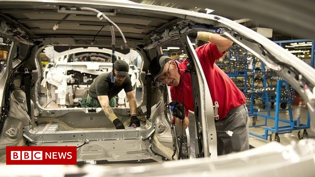 Nissan chooses Japan over UK for new car
