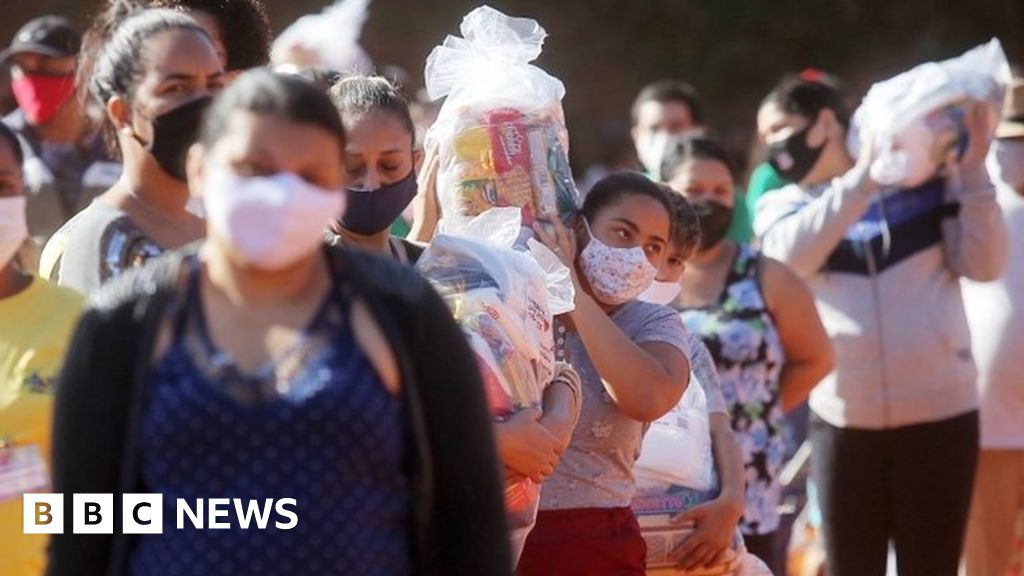 Covid in Brazil: Pandemic encounters poverty in growing crisis