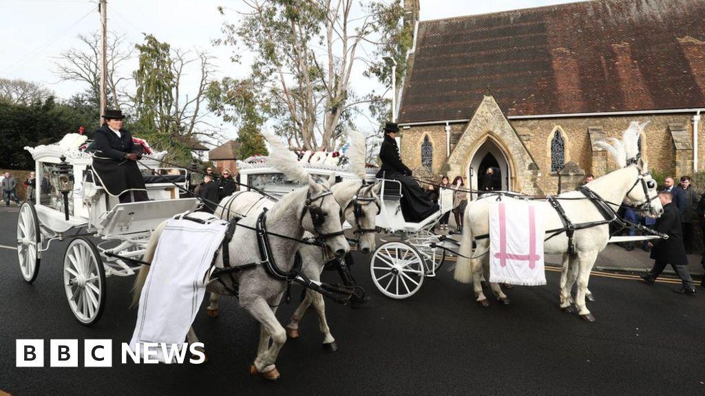 Funeral held for My Big Fat Gypsy Wedding twins
