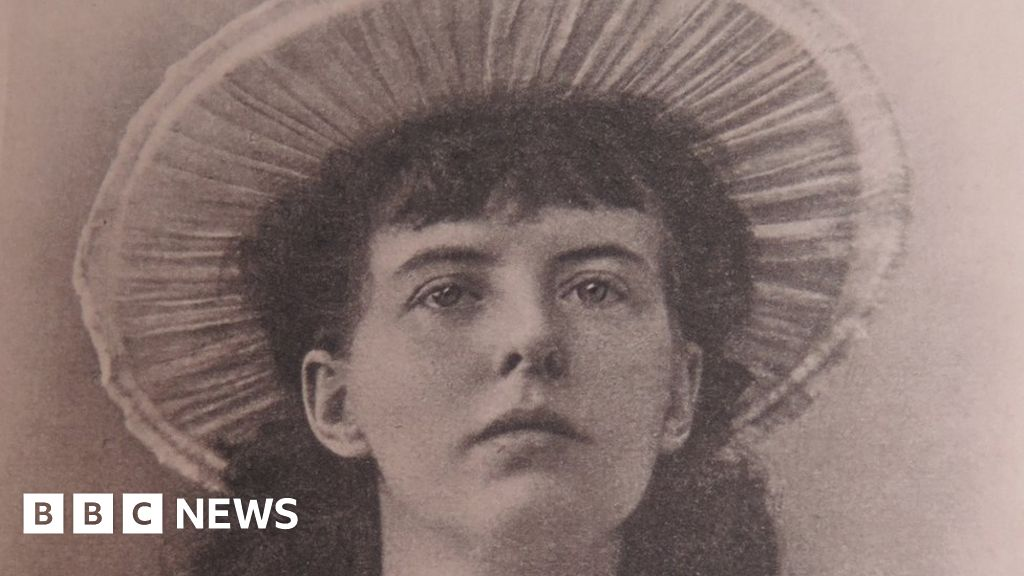 The forgotten English poet buried in India