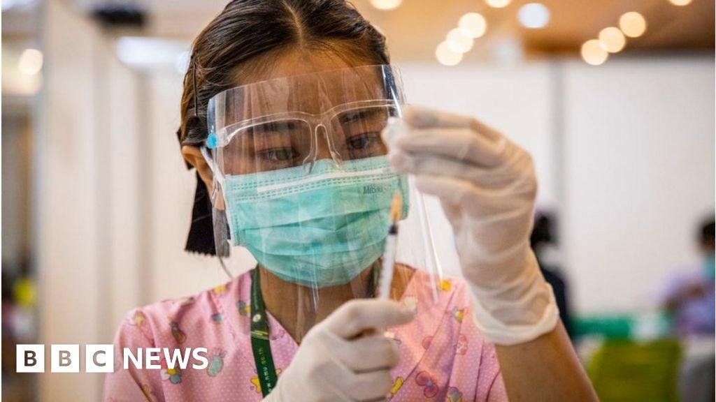 President Biden pledges 500m more vaccine doses to developing world - BBC News