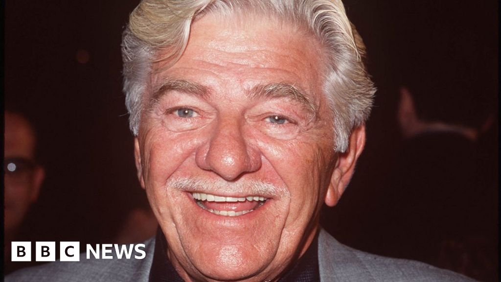 Seymour Cassel: Character actor dies aged 84