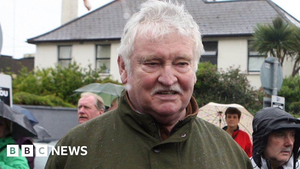 Pat Laffan Father Ted S Pat Mustard Dies Aged 79 Bbc News