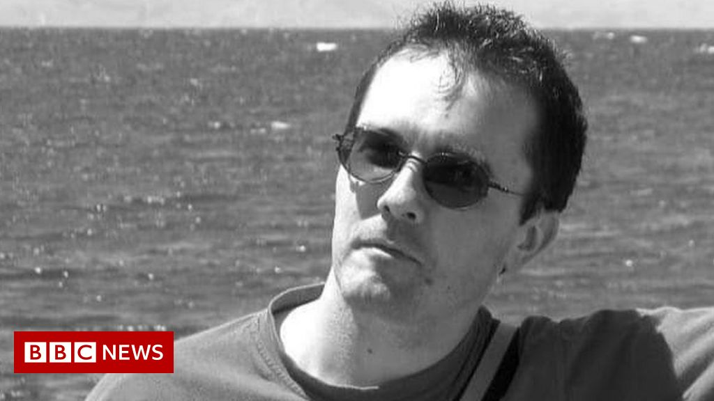 France teacher attack: Suspect 'asked pupils to point Samuel Paty out'
