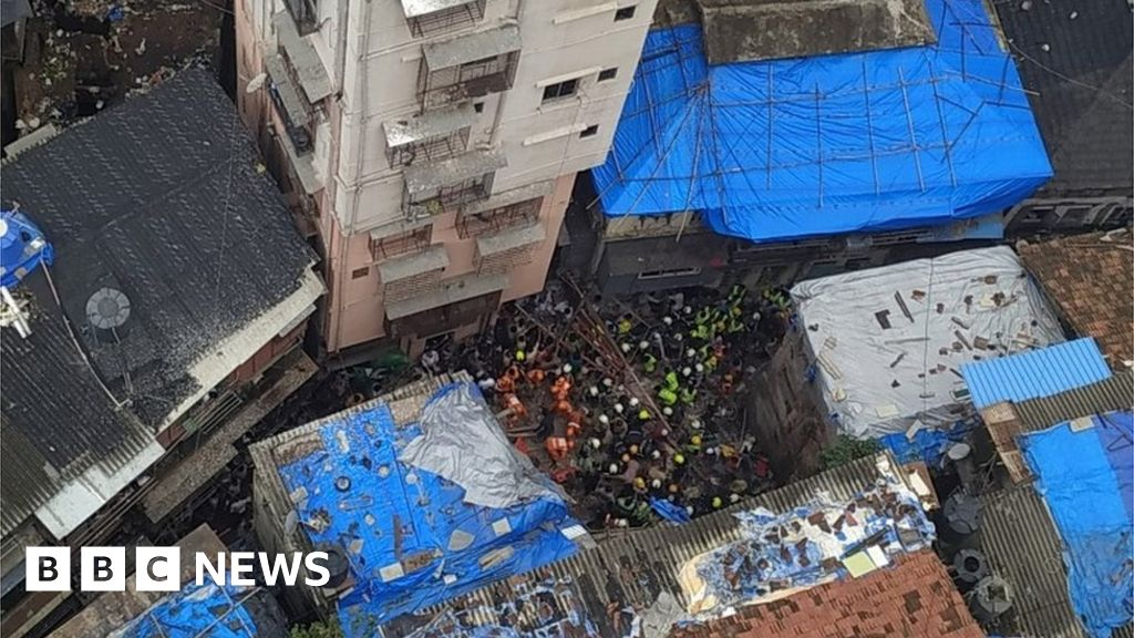 Dozens trapped in Mumbai building collapse