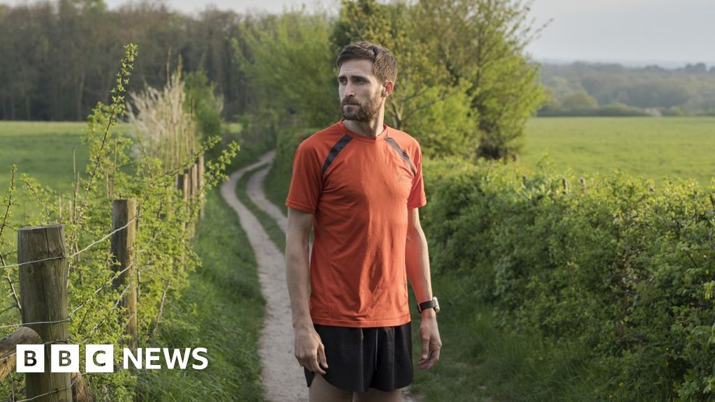 Depression, anxiety, OCD - running helped us beat them - BBC News