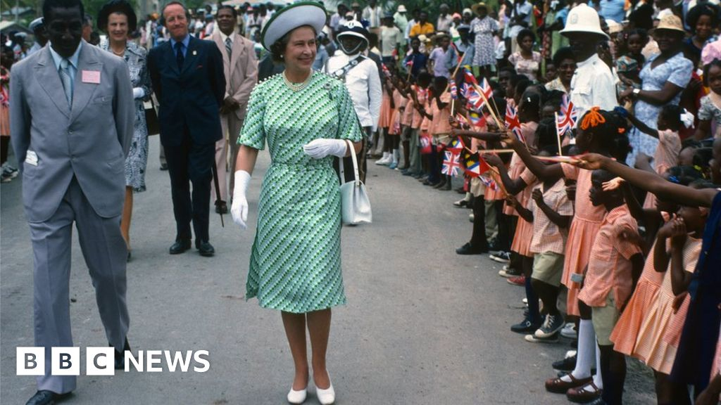 Barbados to remove Queen Elizabeth as head of state thumbnail