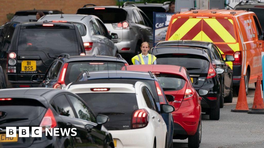 Petrol supply: Crisis starting to ease, Boris Johnson says