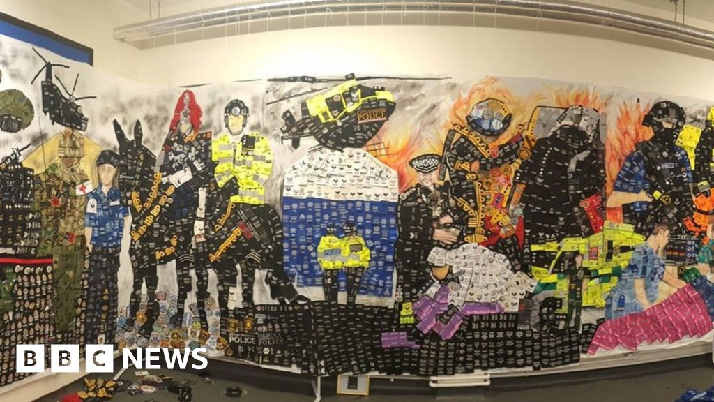 Mural to officers created from 20,000 epaulettes