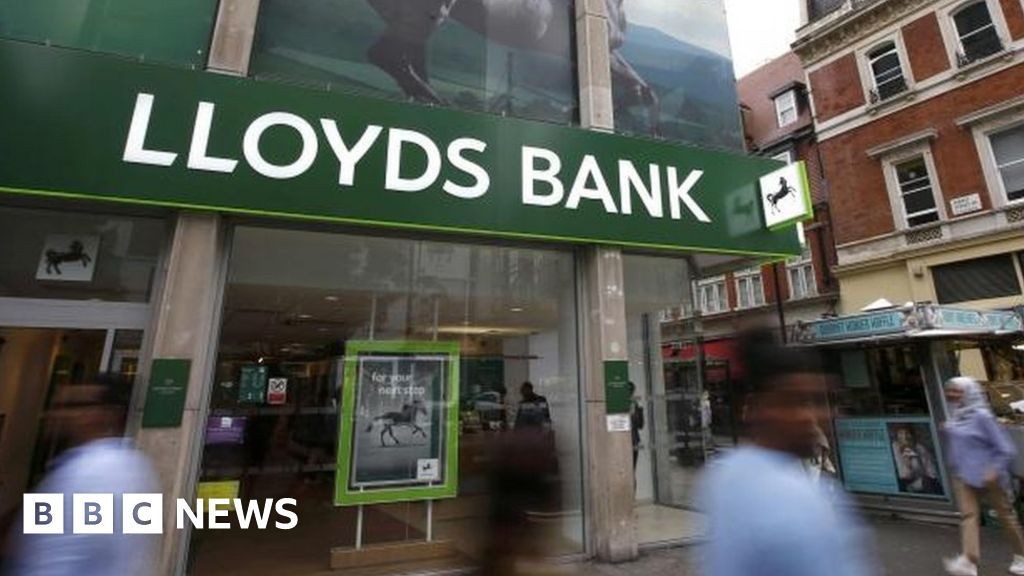 Lloyds Bank buys MBNA credit card firm for £1.9bn - BBC News