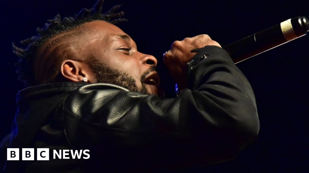 Top African singer dies in road accident, aged 33