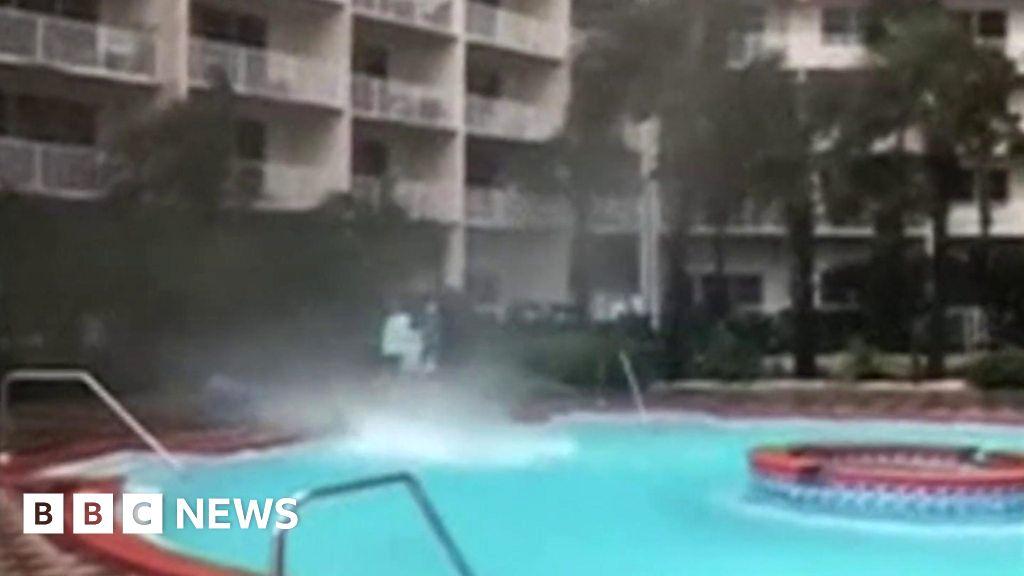 Mini waterspout in Florida pool