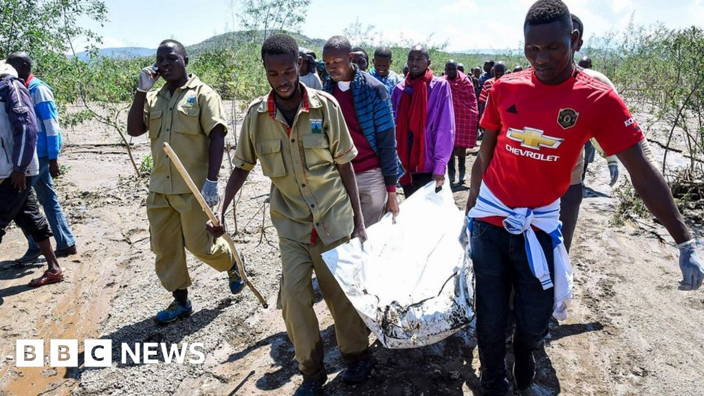 Hell s Gate: Kenya tour group swept away by flash flood