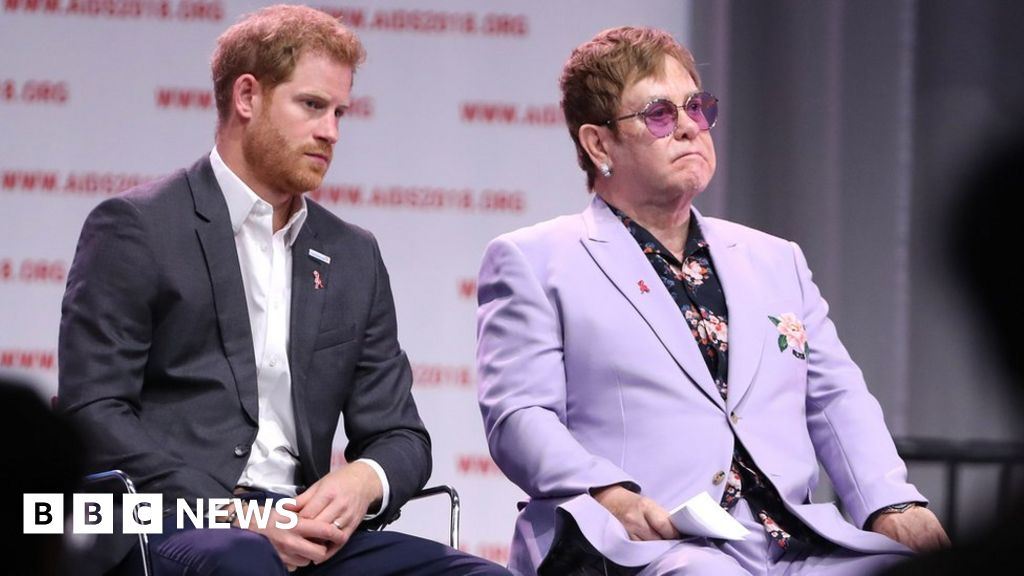 Elton John defends Harry and Meghan s use of private jets