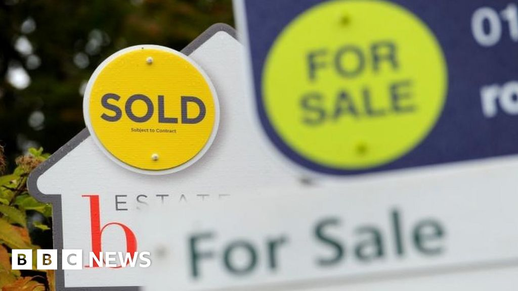 Brexit uncertainty hits house purchases