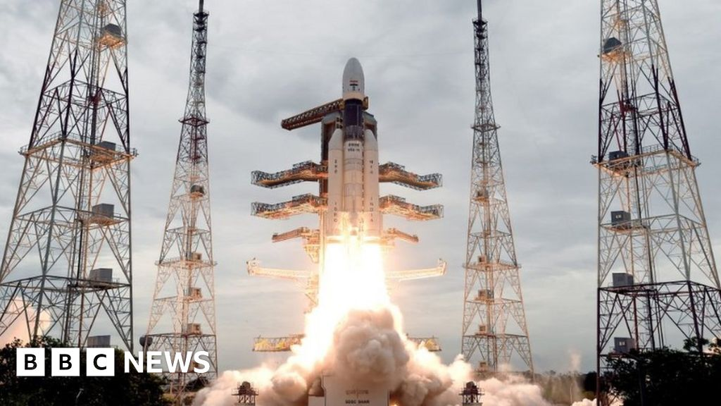 Chandrayaan-2: India aims for soft landing on Moon's south pole