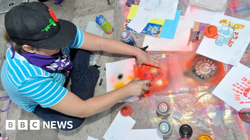 Mexicans post 'happy images' for murdered woman