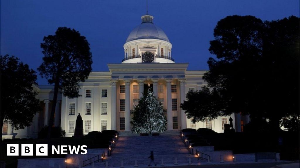 Alabama to vote on bill banning abortion