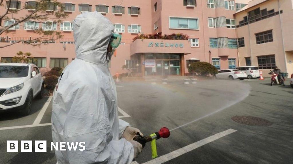 South Korea virus 'emergency' as cases increase