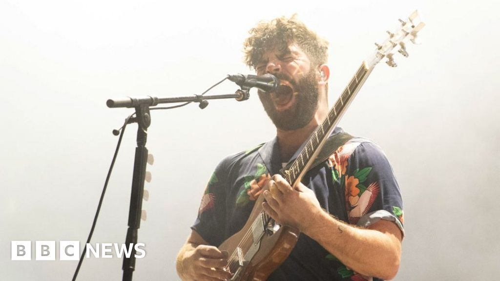 Mercury Prize: Foals frontman Yannis explains his 'run-in with a knife'
