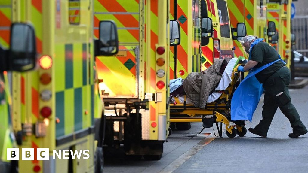 Covid: UK death rate 'no longer Europe's worst' by winter thumbnail