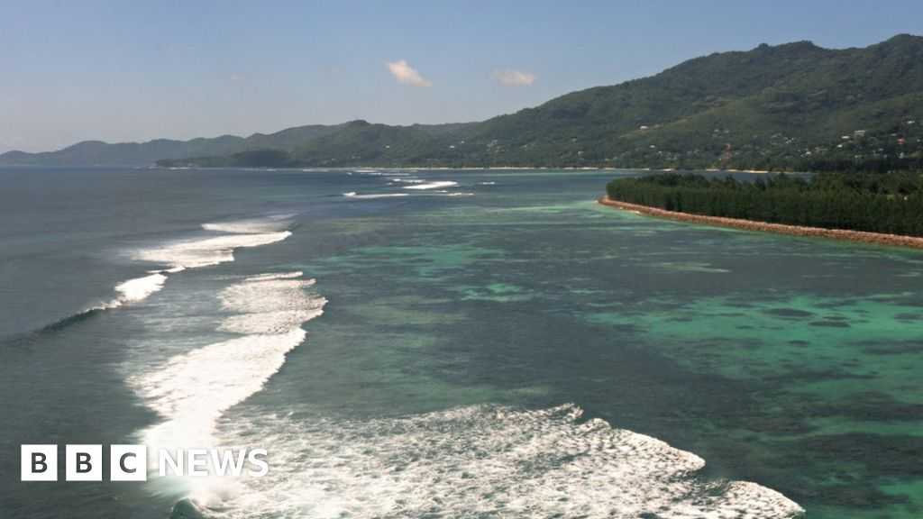 Seychelles protects an area 'as big as Britain' in Indian Ocean