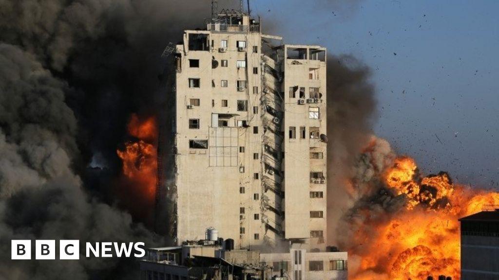 Israel-Gaza: Rockets pound Israel after militants killed