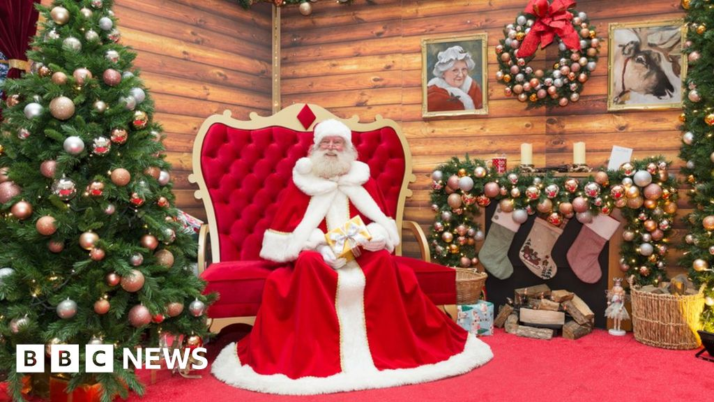 2020 Christmas Events Christmas 2020: Will Santa have to social distance?   BBC News