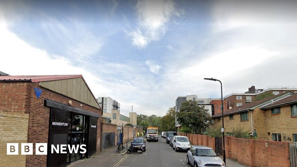 Covid-19: Hackney gym owners fined for breaching rules