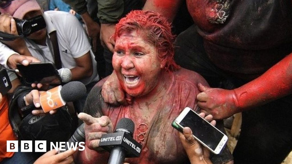 Protesters forcibly cut off Bolivia mayor's hair