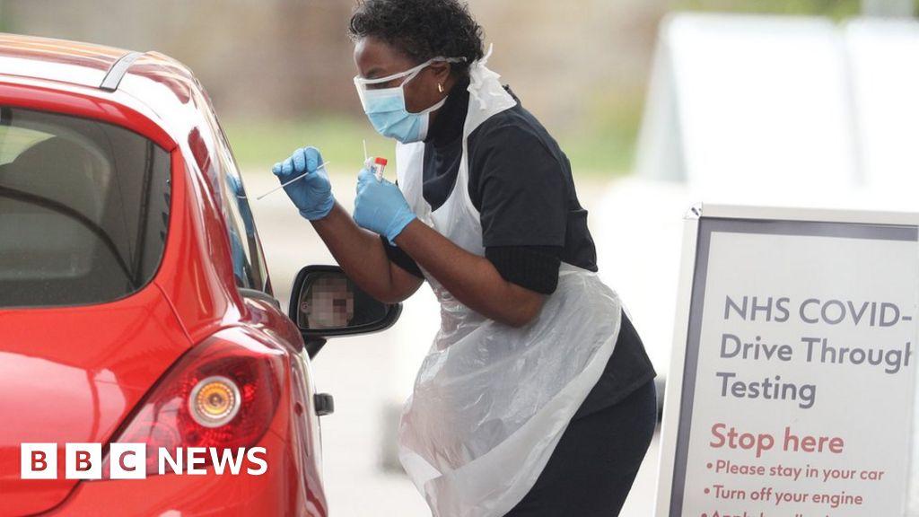 Coronavirus: health professionals  frustrated  by low UK virus Test