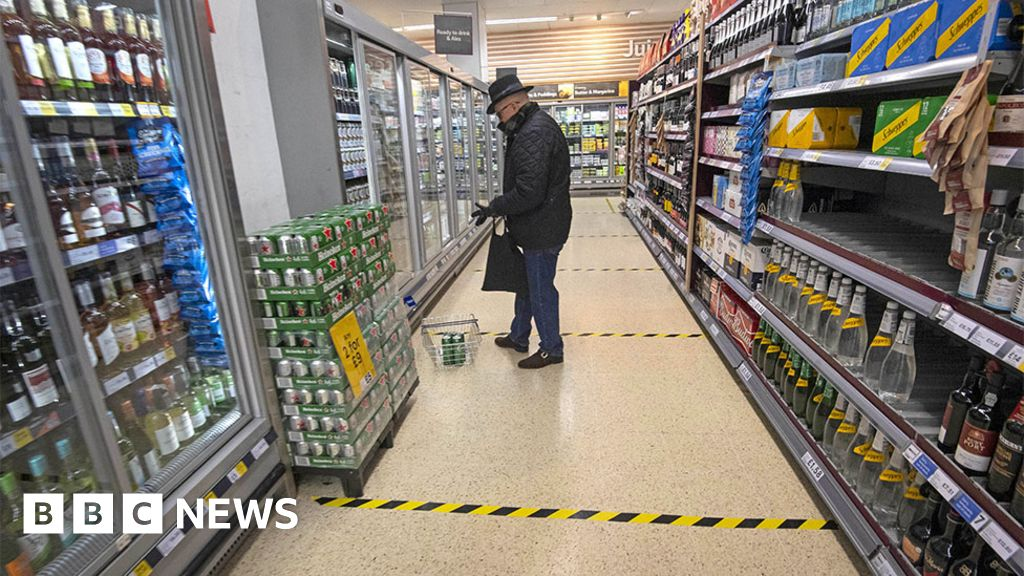 Coronavirus: How can I shop or supplies, and snacks come stalls safe?