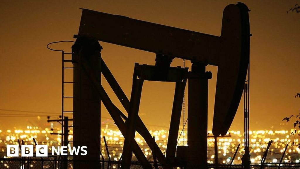 Oil prices jump to top Iranian general killed by US