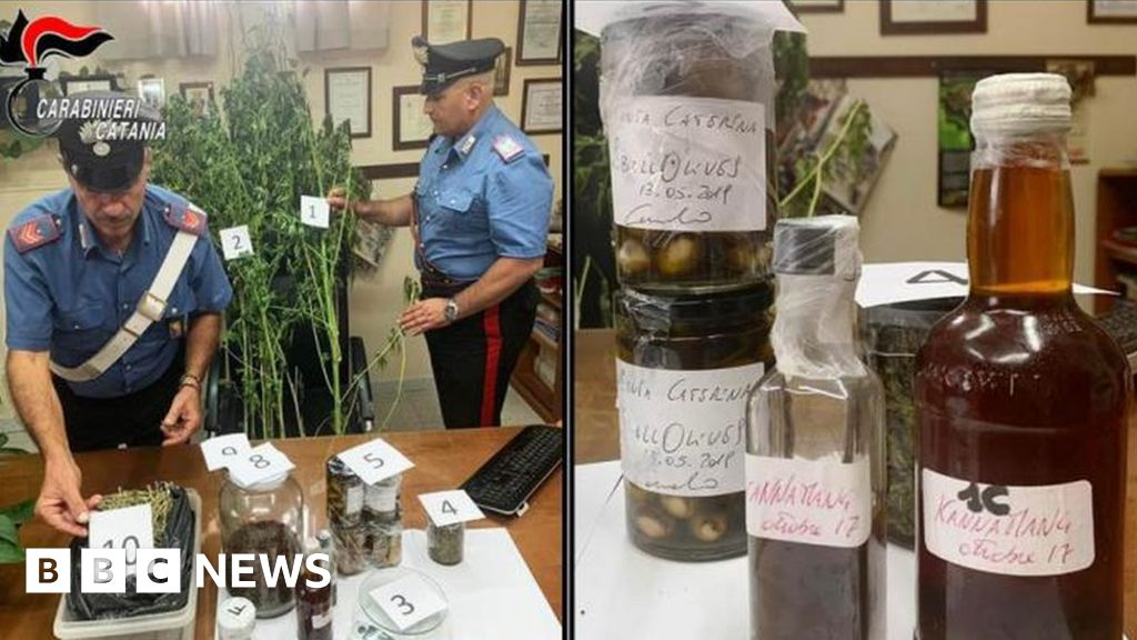 post-image-TV chef arrested after cannabis found at home