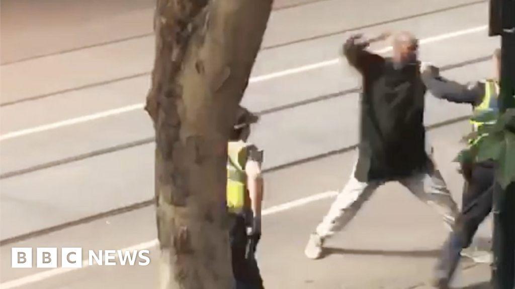 Ataque de Melbourne: un hombre murió a tiros tras un incendio y apuñaló fatal