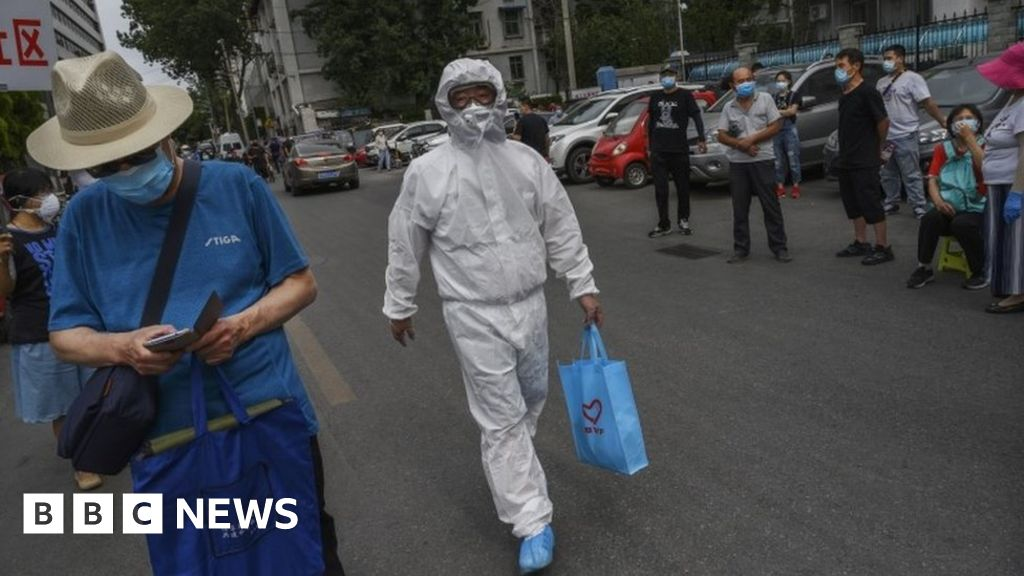 Coronavirus: Beijing tightened controls amid a spike in local cases