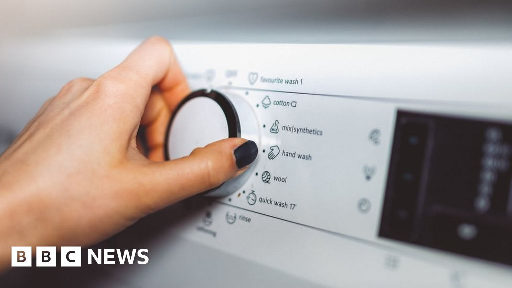 Utilita: Energy firm to pay £500,000 for overcharging customers - BBC News