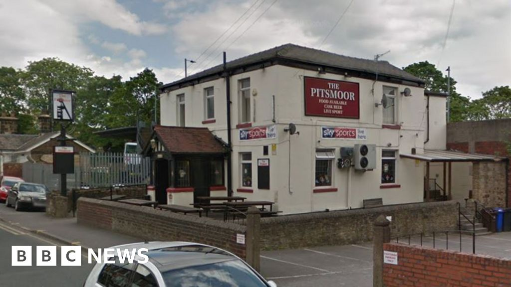 Sheffield pub, where drinkers hid in closets loses license