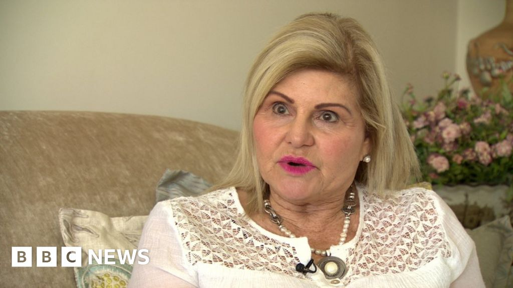 Scammers empty £25,000 from womans account - BBC News