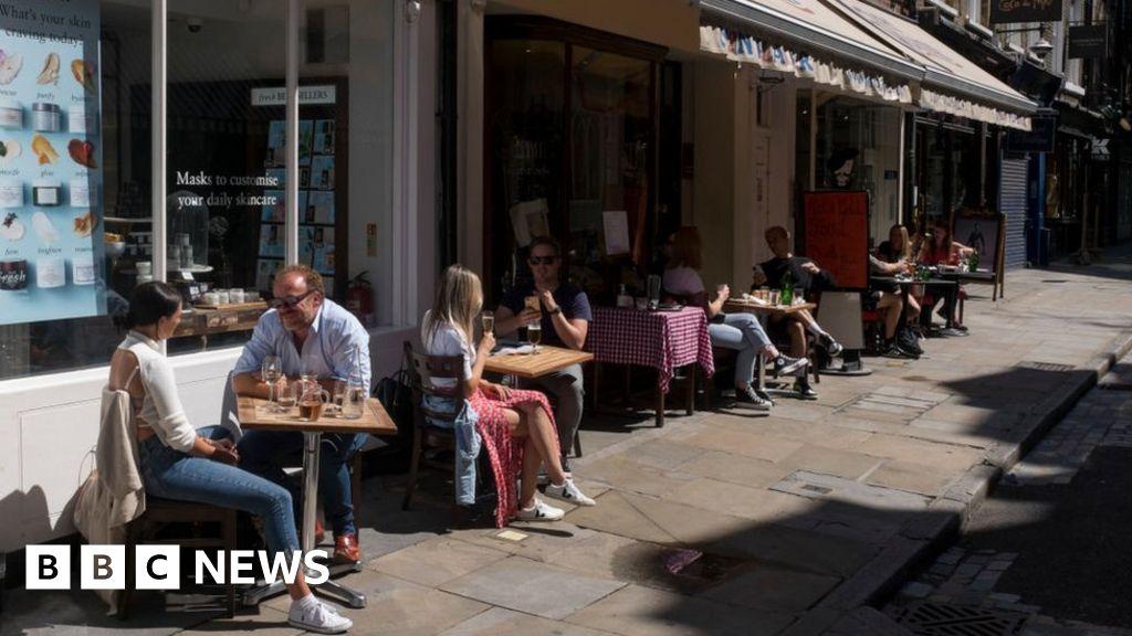 Coronavirus: Shielding put on 'pause' in Scotland thumbnail
