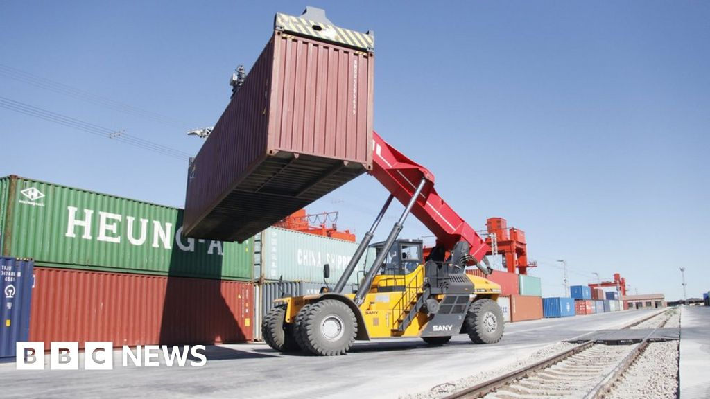 Tariffs on hold in early US-China trade deal