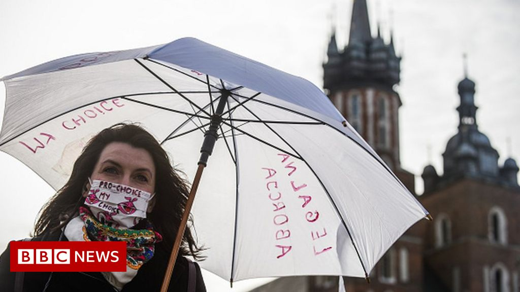 Poland abortion: Top court to rule on almost total ban - bbc