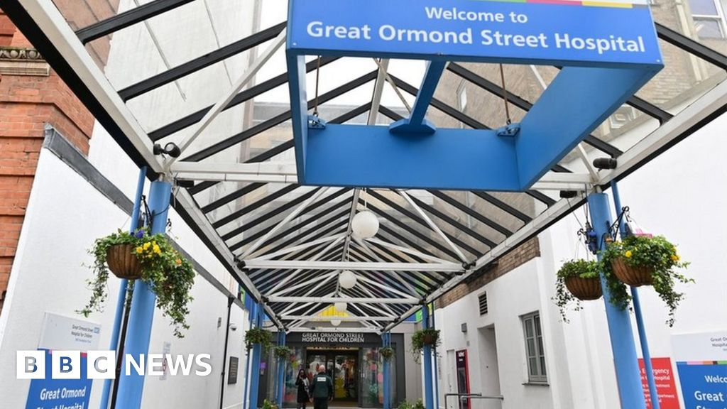 Great Ormond Street Hospital investigates 'faulty' surgical glue