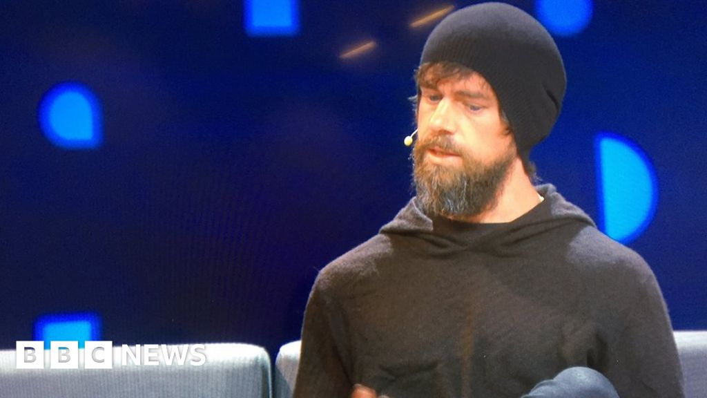 Twitter users rise as firm targets abuse