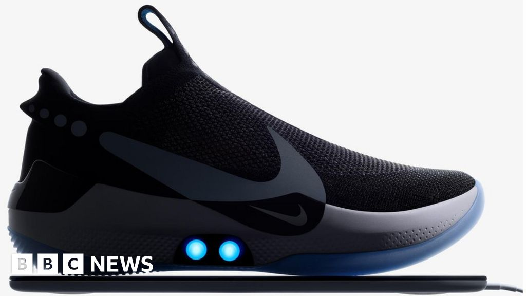 Nike app for self-tying shoe comes undone