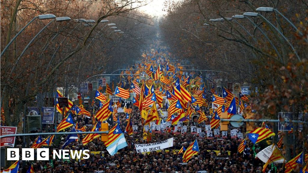Catalan separatists stage mass protest