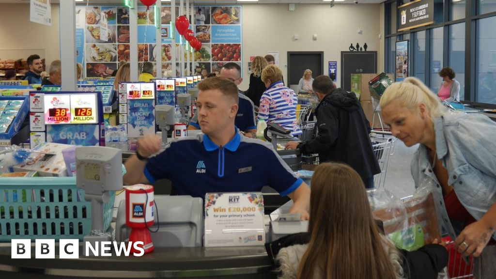 Aldi is planning the opening of a new supermarket every week