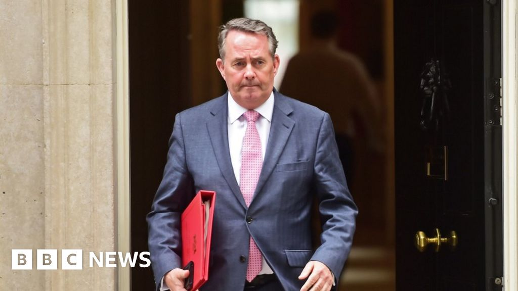 Russian hackers targeted Liam Fox's personal email thumbnail