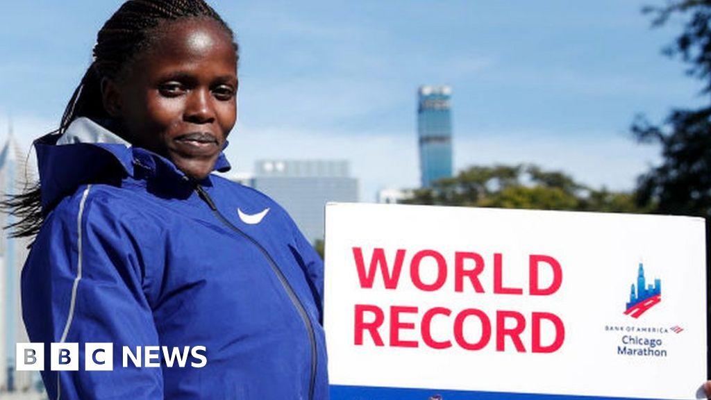 Kenya's Brigid Kosgei: School dropout, mother of twins and world record-holder thumbnail