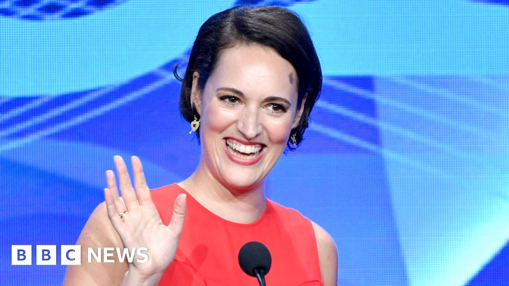 Phoebe Waller-Bridge plans to direct her first film